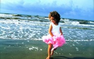 young girl at the sea summer baby names