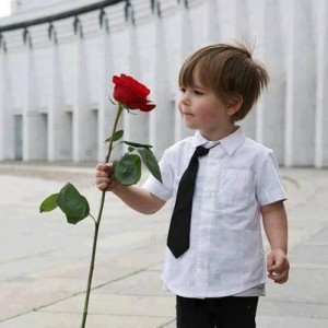 boy with rose flower baby names