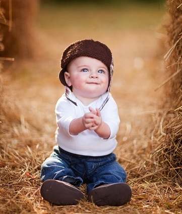baby boy hat blue eyes