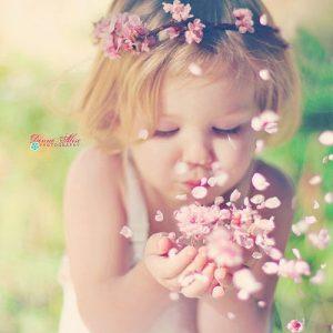 baby groovy girl flowers